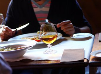 Meat Me Kosher French Steakhouse & Sushi Bar